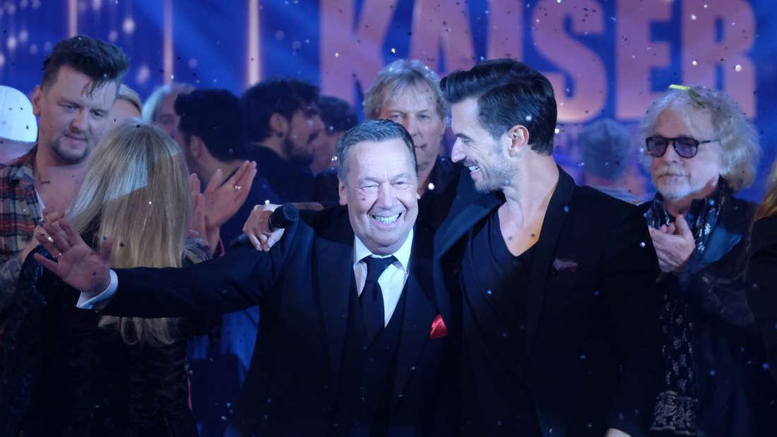 Roland Kaiser steht mit Florian Silbereisen auf der Bühne