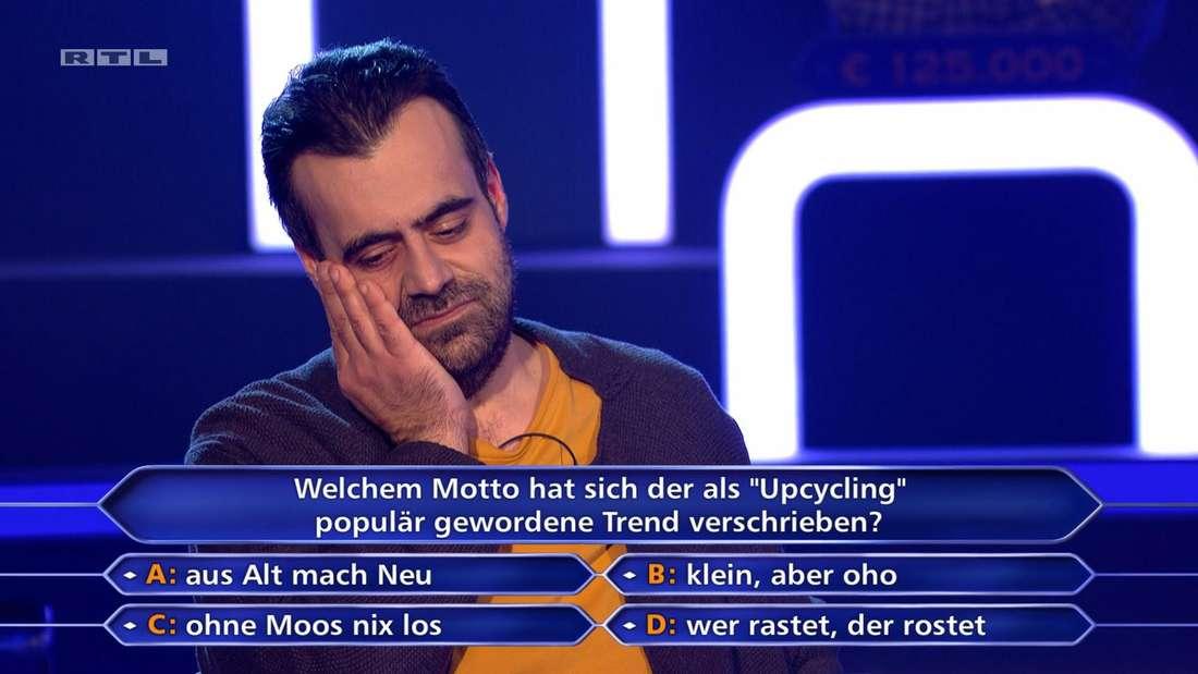 """Nachdem Günther Jauch ihm eine klare Ansage macht, ist der """"Wer wird Millionär?""""-Kandidat Yontu erstmal kurz sprachlos."""