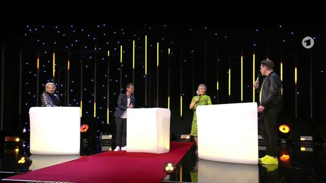 """Ross Antony, Florian Silbereisen, Beatrice Egli und Eloy de Jong am 27.02.2021 auf der """"Schlagerchampions""""-Bühne."""