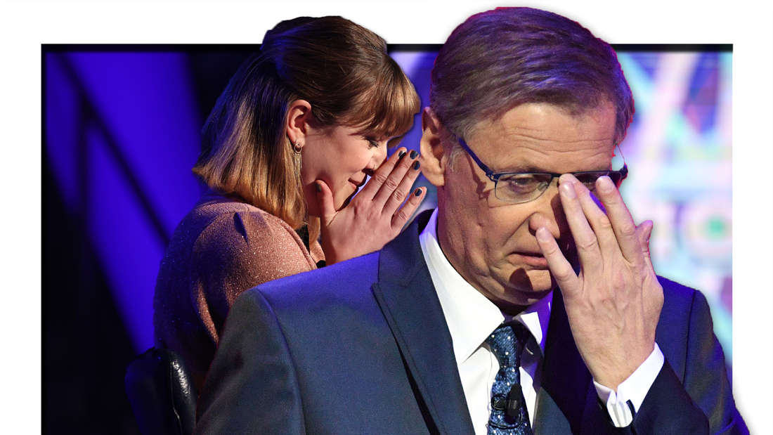 Günther Jauch nimmt eine Hand vor die Augen, Kandidatin betet (Fotomontage)