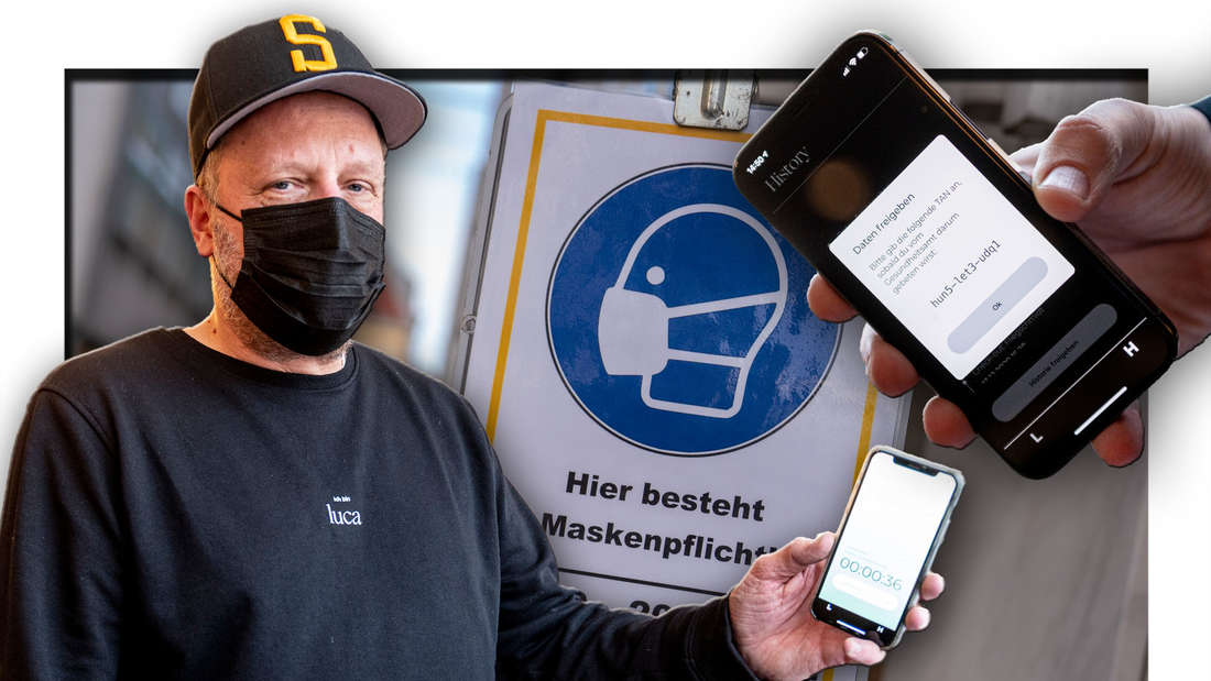 Smudo, Rapper bei Die Fantastischen Vier, steht mit einem Handy in der Hand vor einem Schild zur Maskenpflicht (Fotomontage)