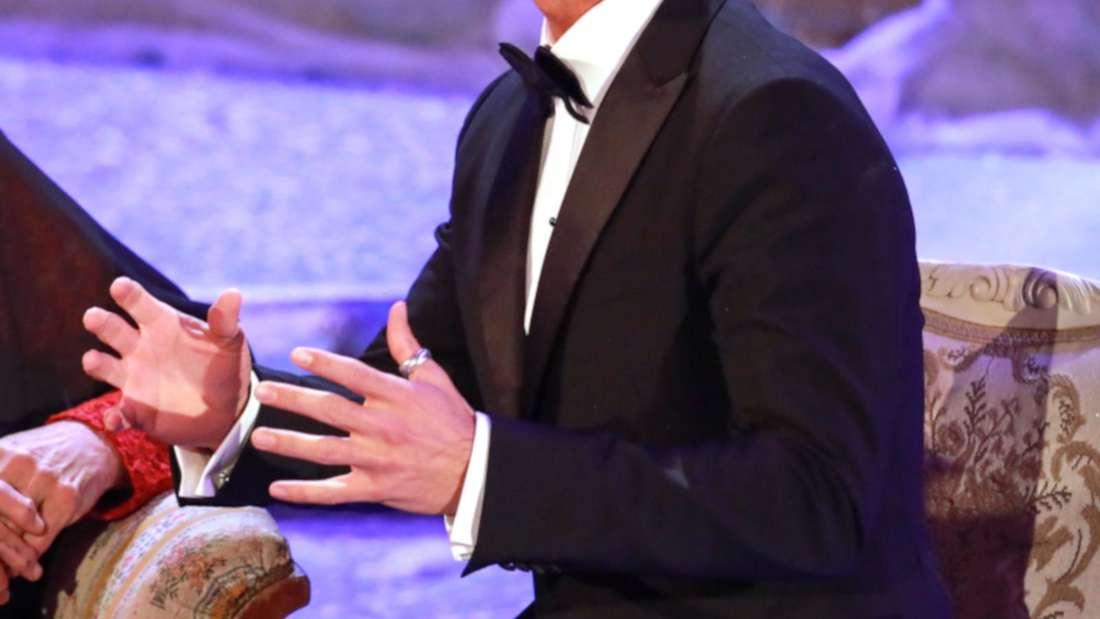Florian Silbereisen in einer TV-Show. Damals noch mit silbernem Ring am linken Daumen