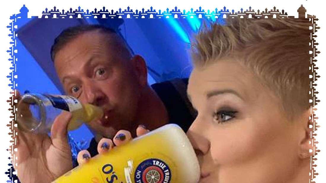 Melanie Müller trinkt gerne Alkohol, oder wie hier auch mal einen Saft.