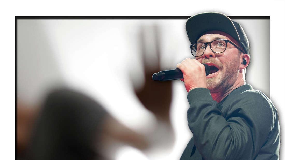 Popstar Mark Forster steht vor den Konturen einer verschwommenen Person (Fotomontage)