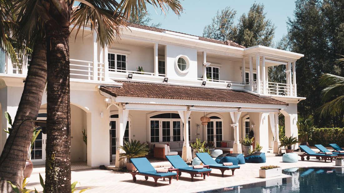 So luxuriös sieht die Kandidaten-Villa der Promis-unter-Palmen-Teilnehmer 2021 in Phuket aus.