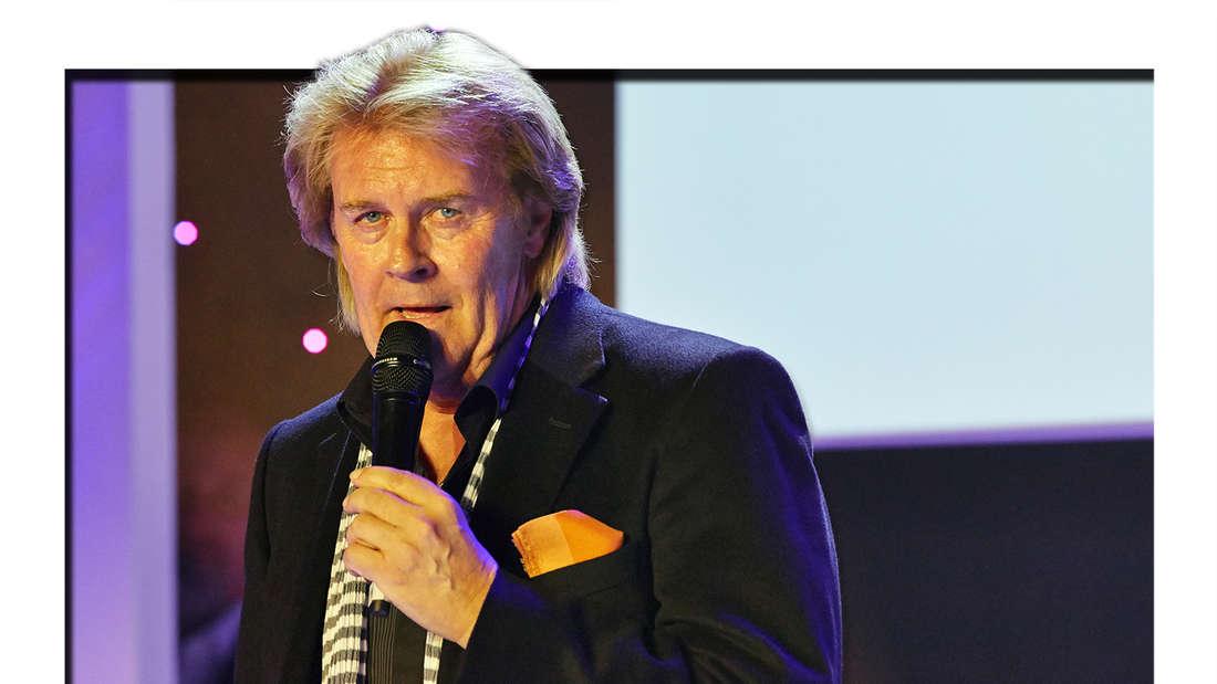 """Howard Carpendale bei """"Mein Star des Jahres' award"""" in Hamburg am 16. September 2014 (Fotomontage)"""