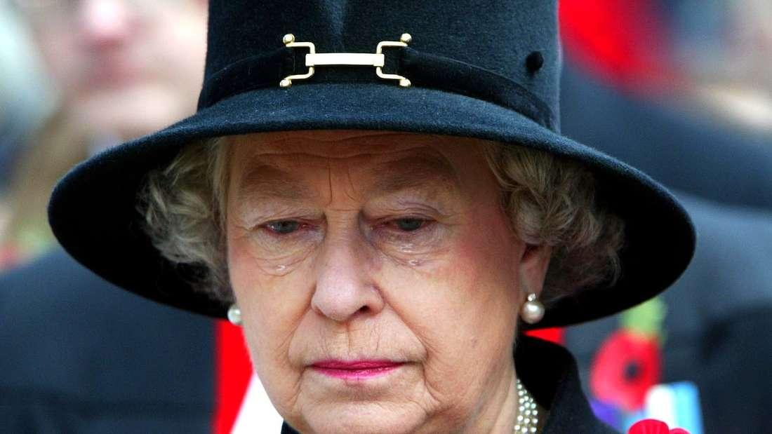 Die Queen weinte in der Öffentlichkeit