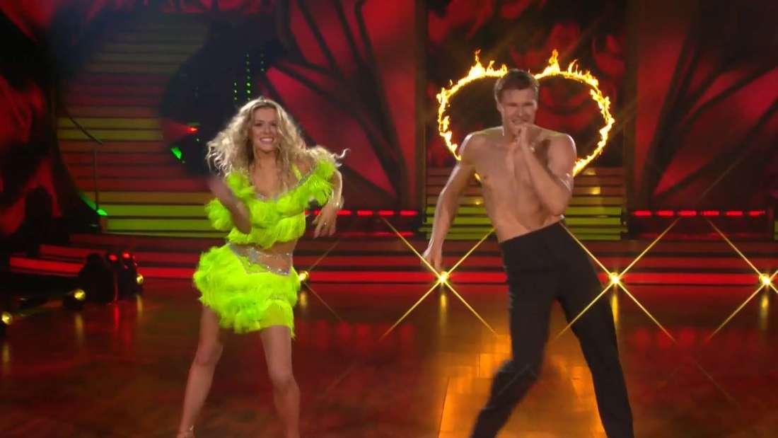 "Patricija Belousova und Simon Zachenhuber tanzen Salsa bei ""Let´s Dance"""