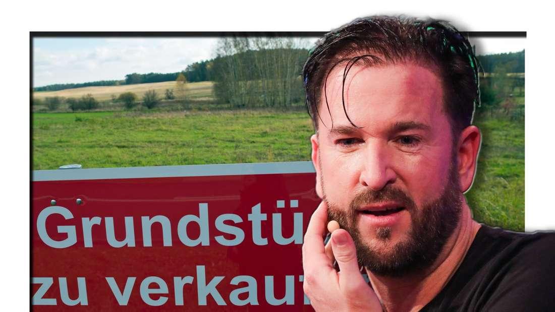 """Michael Wendler bei einer TV-Show - im Hintergrund eine Wiese und ein Schild mit der Beschriftung """"Grundstück zu verkaufen"""" (Fotomontage)"""