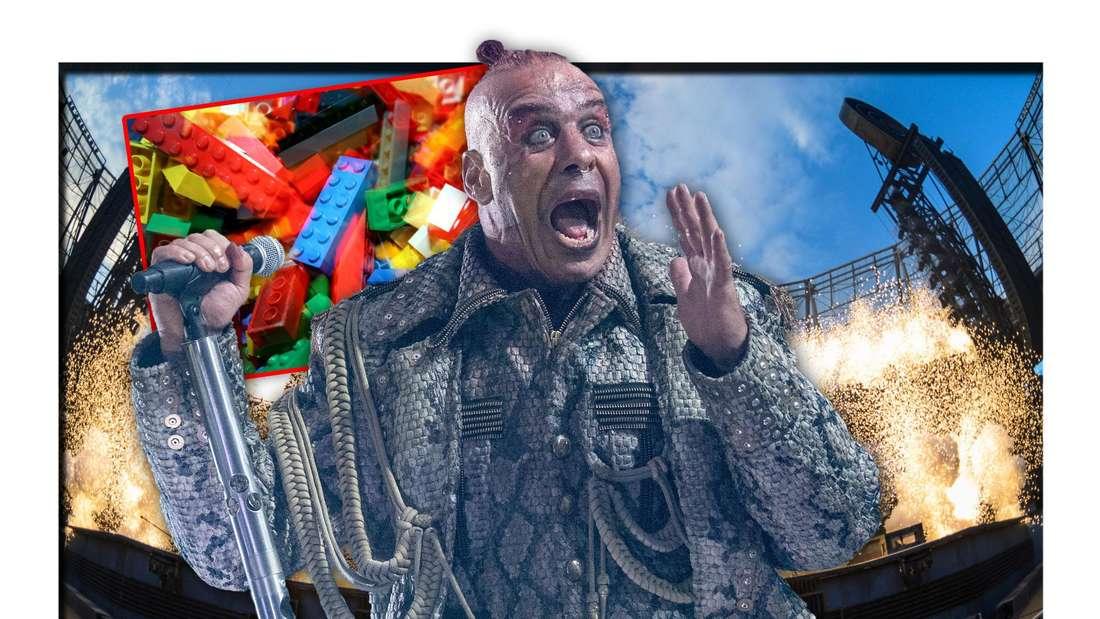 """Rammstein-Sänger Till Lindemann steht vor der Bühne der """"Europe Stadion Tour 2019"""", daneben LEGO-Steine (Fotomontage)"""