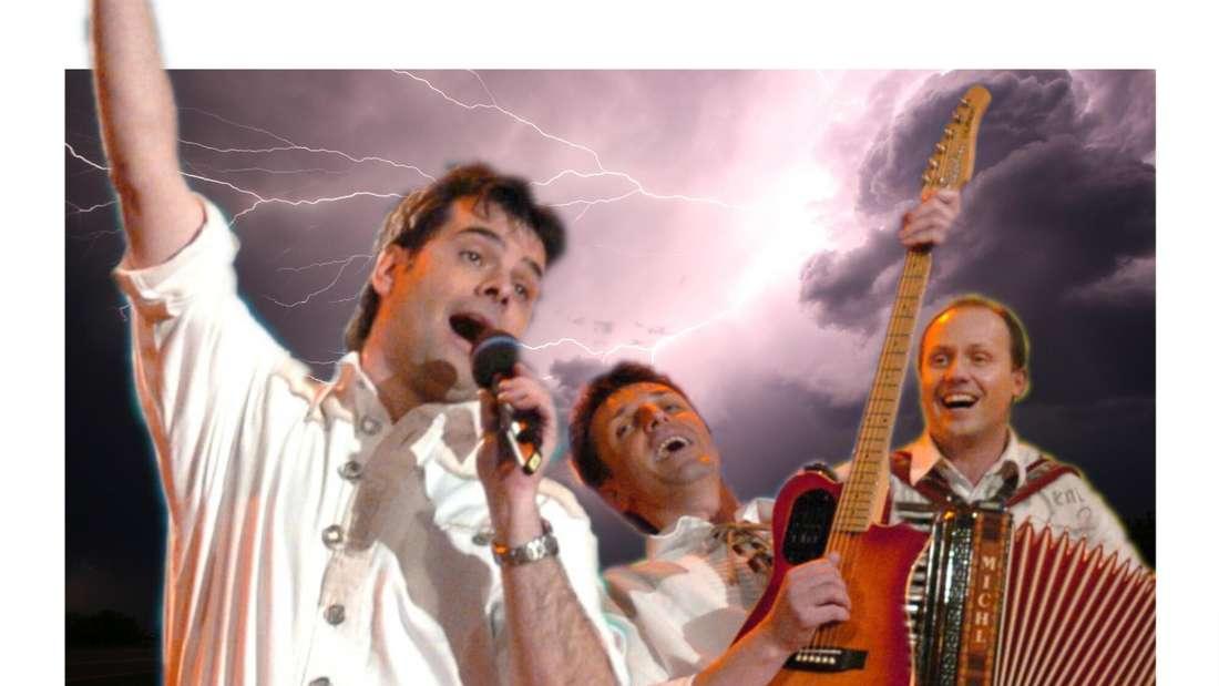 """""""Rups"""" im Vordergrund, seine Band im Hintergrund unter einer Gewitterwolke. (Fotomontage)"""