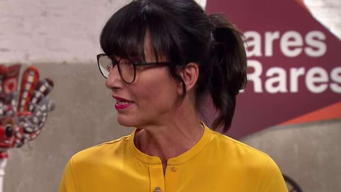 """""""Bares für Rares"""" Expertin Heide Rezepa-Zabe hilft Verkäufern bei der Schätzung."""