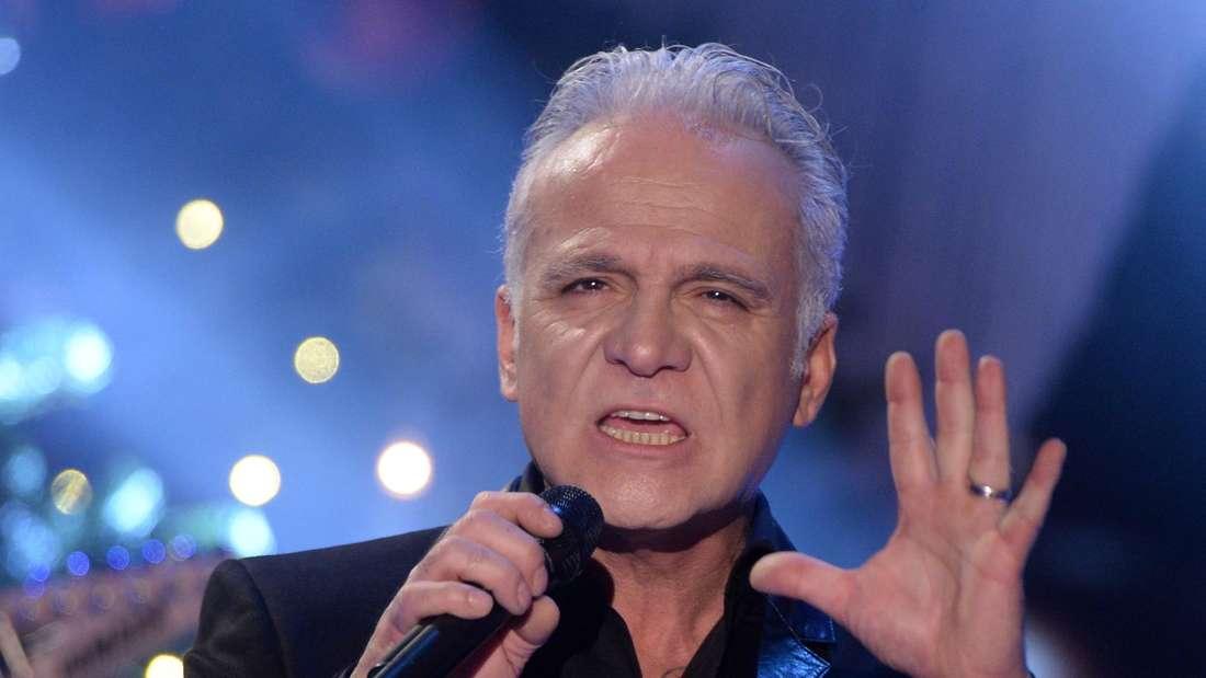 Nino de Angelo singt in einer TV-Show