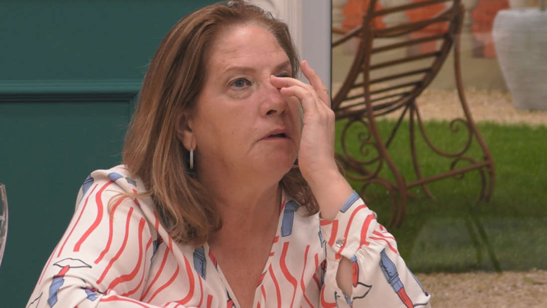 Kathy Kelly weint im Big Brother-Haus