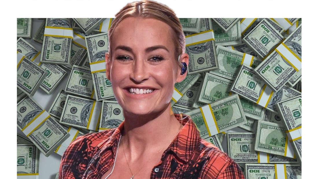 Sarah Connor lacht, im Hintergrund viele Dollar-Scheine. (Fotomontage)