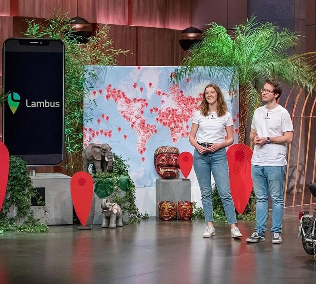Anja und Hans erklären den Löwen ihre App