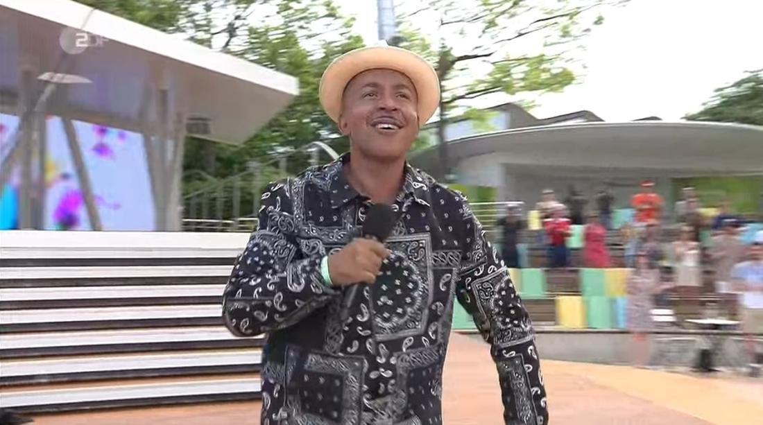 Lou Bega tritt beim ZDF-Fernsehgarten auf