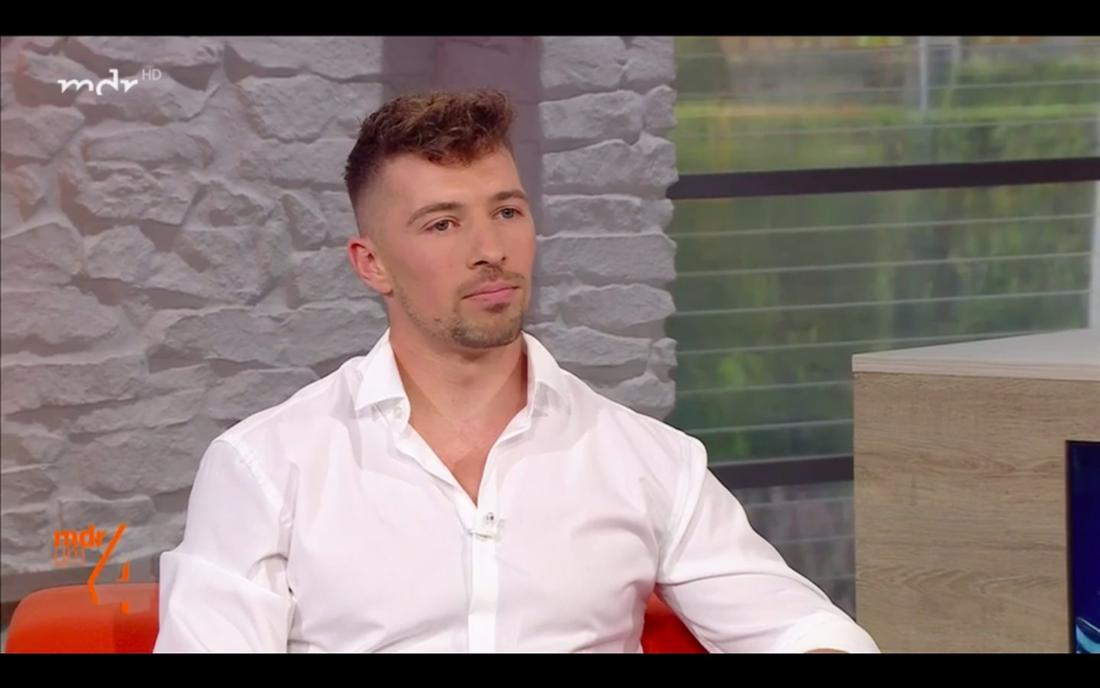 """Schlagersänger und DSDS-Gewinner Ramon Roselly am 25.06.2021 zu Gast beim MDR """"MDR um 4"""""""