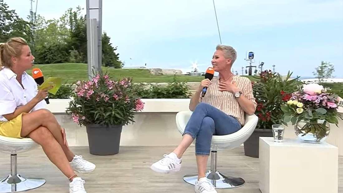 Andrea Kiewel und Sonja Zietlow im ZDF-Fernsehgarten am 27. Juni