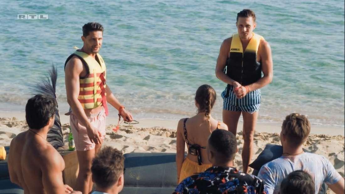 Marcel und Lorik am Strand