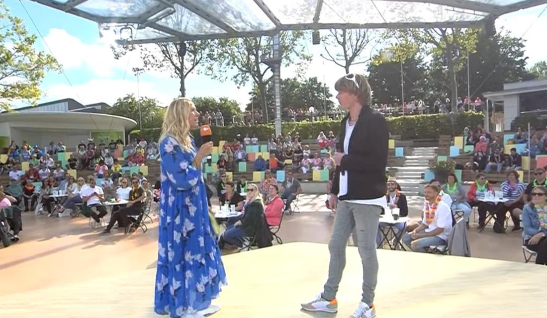 Andrea Kiewel und Mickie Krause im ZDF Fernsehgarten