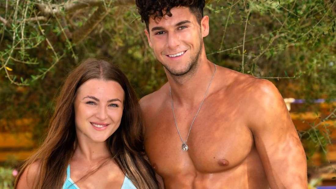 Jennifer und Dennis schienen von Anfang an einen guten Draht zueinander zu haben. Doch nun ist alles aus.